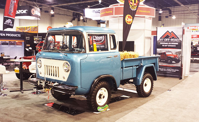 Retro Jeep Hauler at SEMA